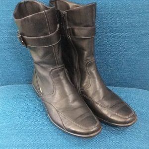 Ecco Black Boot size 37 (6-6.5)